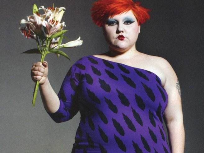 beth-ditto-wallpaper_111779-1024x768